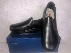 SAS - VIVA - Casual Comfort Slip On - Womens 10M -BLACK LEATHER -USA-NEW IN BOX