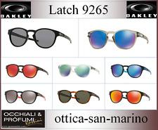 OCCHIALI OAKLEY MODELLO LATCH 9265,  COLORI DIVERSI, AGGIORNATO 2020