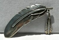 "vin NAVAJO SILVERSMITH HARVEY MACE SIGNED STERLING ""TWIN FEATHERS"" BROOCH BEAUTY"
