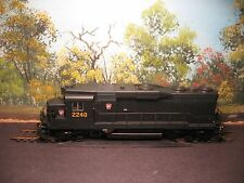 PROTO 2000 HO SCALE #22120 GP-30 PENNSYLVANIA RAILROAD #2240