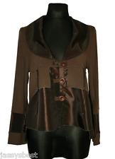JB 44 46 Eine Jacke im lässigen geraden Schnitt mit modischen Detals Braun NEU