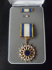 ^(A19-010) US AIR FORCE Distinguished Service Medal original im Etui