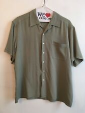 L Structure Men's Dusty Green Short Sleeve 100% Silk Button Down Large
