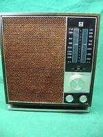 Vintage RCA RLC40W Solid State AM/FM Radio Needs Minor Service