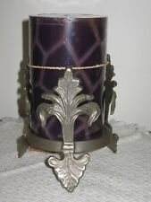 """Giftcraft Pewter Colored Fleur De Lis Candle Holder w 4"""" Lavender Pillar India"""