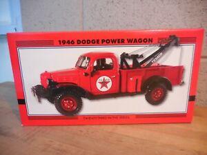 RC2 TEXACO 1946 DODGE POWER WAGON TOW TRUCK 1:25 NEW