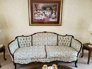 Antique Furniture Sofa French Provincial Excellent Condition