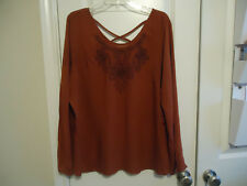 NWT Faded Glory Sz XL (16-18) Embroidered Floral Front Rusty Nail Red Blouse