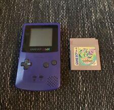 Nintendo Game Boy Color in Lila + Pokémon Crystal Edition (Voll Funktionsfähig)