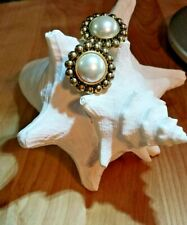 Cabochon Gold Plated White Faux Acrylic Pearl Preowned Clip On Vintage Earrings