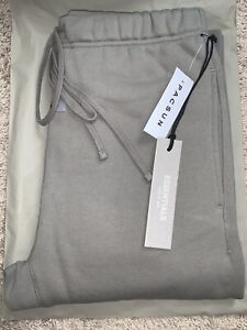 """Fear of God Essentials Sweatpant """"Cement"""" Size Sm"""