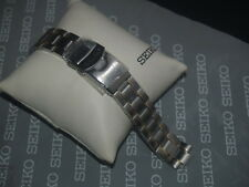 SEIKO 8mm STAINLESS STEEL WITH GILT INLAY 2 BUTTON LOCKING BUCKLE WATCH STRAP