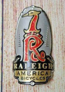 """RARE Vintage """"RALEIGH AMERICA BICYCLES"""" Heron Metal Bicycle Bike Head Badge Tag"""