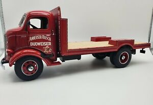 DANBURY MINT 1938 GMC Budweiser Delivery Truck Diecast 1:24 New in the box.