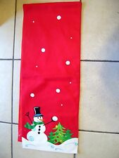 RED FLEECE SNOWMAN TREES APPLIQUED CHRISTMAS TABLE RUNNER  DECORATION