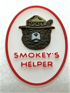 Smokey's Helper The Bear Lapel Hat Pin Button NOS New 2000's Forest Fires