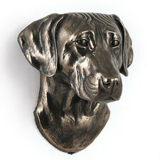 Rhodesian Ridgeback, dog statuette to hang on the wall, UK