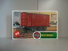AIRFIX OO SCALE MEAT WAGON MODEL KIT Series 2.