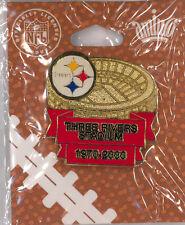 Pittsburgh Steelers NFL football pin - Three Rivers Stadium - USA badge