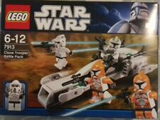 LEGO Star Wars Clone Trooper Battle Pack (7913). Complete Set in box.