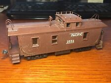 UNION PACIFIC UP - 3-Window Wood Sided Caboose Vintage HO