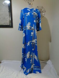 70s TORI RICHARD BLUE/WHITE ASIAN PRINT BELL SLEEVE HI SIDE SLIT MAXI DRESS M