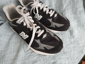 NEW BALANCE 993 MENS BLACK RUNNING SHOES, SIZE 11 EE