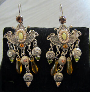 Earrings with amber and peridot 18th and 19th century Reenactment