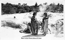 B86237 moori guides whaka rotorua types folklore women   new zealand maori