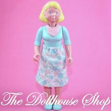Fisher Price Loving Family Dream Dollhouse Blonde Mom doll blue floral skirt