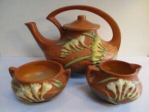 Roseville Freesia 4 Piece set 6T Tea Pot Creamer and Sugar