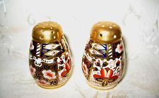 Royal Crown Derby Salt and Pepper in Heavy GOLD, Pattern 2451, Age 1920/1930