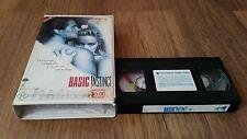 BASIC INSTINCT - MICHAEL DOUGLAS - SHARON STONE - RATED R CLAMSHELL VHS VIDEO