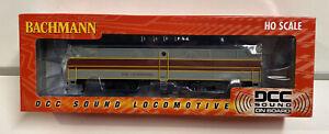 Bachmann HO Scale Erie Lackawanna FB2 Locomotive DCC Sound Engine #64903