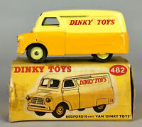 DINKY TOYS -BEDFORD 10CWT VAN No. 482- VINTAGE 2-TONE COLLECTORS MODEL CAR BOXED