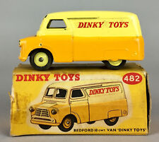 DINKY TOYS -BEDFORD 10CWT VAN No. 482- VINTAGE 2-TONE COLLECTORS MODEL CAR BOXED