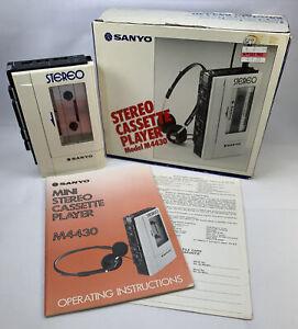 Vintage Sanyo M4430 Walkman Stereo Cassette Tape Player w Case Box Manual White