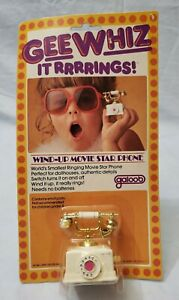Vintage Gee Whiz It Rings Wind-up Movie Star Phone 1980 kids toy Galoob NEW