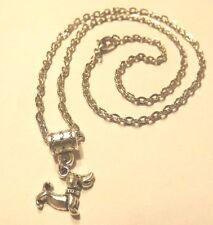 collier 46,5 cm avec pendentif chien teckel
