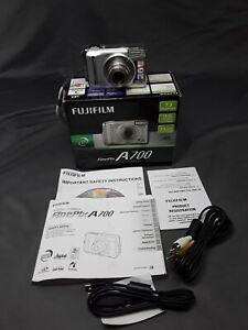 Fuji Fujifilm FinePix A700 Digital Camera 7.3 megapixel