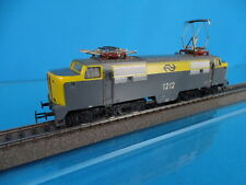 Marklin 3055 NS E Lok Br 1200 in Yellow-Grey Lok nr. 1212 version 4