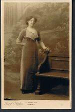 STUDIO RP CARD A PRETTY YOUNG EDWARDIAN WOMAN C1908 READ STUDIOS GREAT YARMOUTH