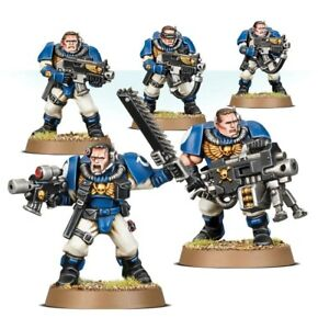 Warhammer 40k Space Marine Scouts with heavy bolter and combat weapons BNOS