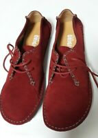 Clarks originals Burgundy Suede sz 9 leather round toe medium width