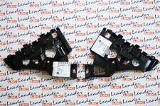 GENUINE Vauxhall ASTRA J - PAIR OF FRONT BUMPER BRACKETS / GUIDES / MOUNTS - NEW