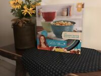 The Pioneer Woman Melamine Bowl With Lids(6 Piece Set)