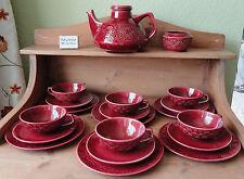 6P Teeservice Teegeschirr geprägt mit Zahlen burgunderrot Keramik Rockabilly rar