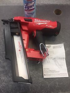 Milwaukee 2744-20 M18 FUEL 21-Degree Framing Nailer-Tool Only