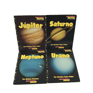Children's Picture Books in Spanish About Planets - Lot of 4 Pre-owned -SB