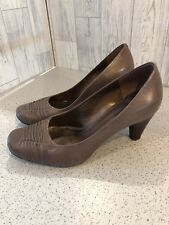 Clarks Taupe Court Shoes,ruched, Cone Heel, Sz6/39